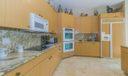 06_kitchen_13770 Parc Drive_Frenchman's