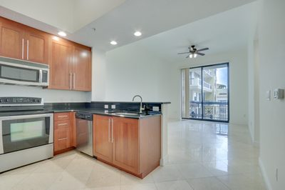 701 S Olive Avenue #1510 1