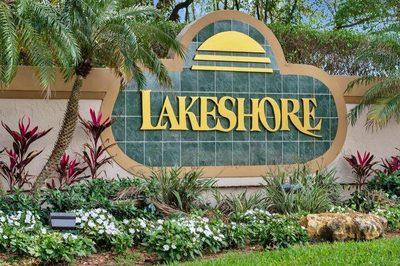 133 N Lakeshore Drive 1