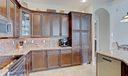 11_1045_kitchen_pantry
