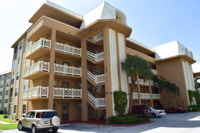 308 Golfview Road #302 1