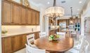 Casual Dining / Kitchen