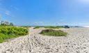 Ritz-Carlton - Private Beach Access