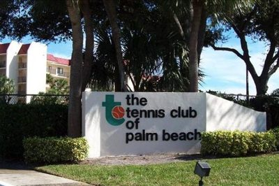 2820 Tennis Club Drive #305 1