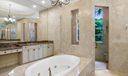Master_Bathroom_02_web
