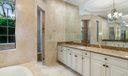 Master_Bathroom_03_web