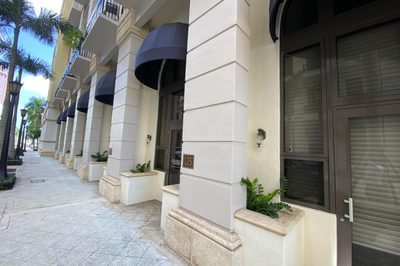 801 S Olive Avenue #125 1