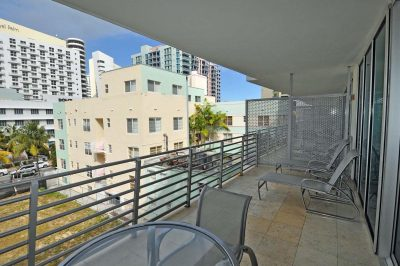 1437 Collins Ave #316 1