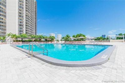 20335 W Country Club Dr #207 1