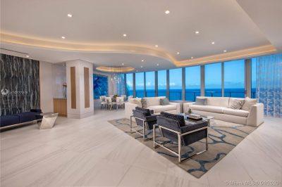 701 N Fort Lauderdale Beach Blvd #PH1801 1