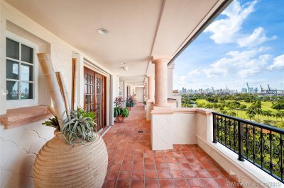 7795 Fisher Island Dr #7795 1