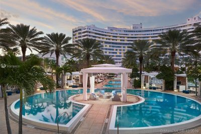 4391 Collins Ave #1506/1507 1