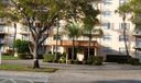 470 Executive Center Dr #3J Photo