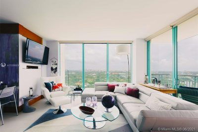Living room with spectacular view