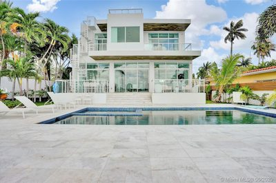 7830 Miami View Dr 1