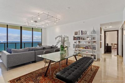 16275 Collins Ave #2101 1