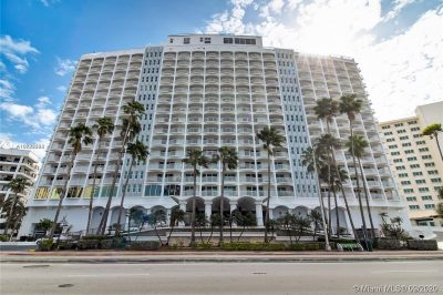 5401 Collins Ave #826 1