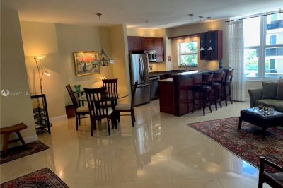 4747 Collins Ave #607 1