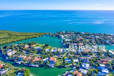 881 Harbor Dr 1