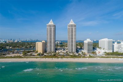 4779 Collins Ave #3201/3202 1