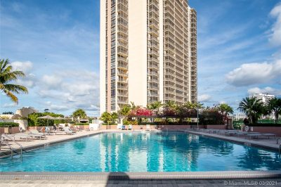 20379 W Country Club Dr #2338 1