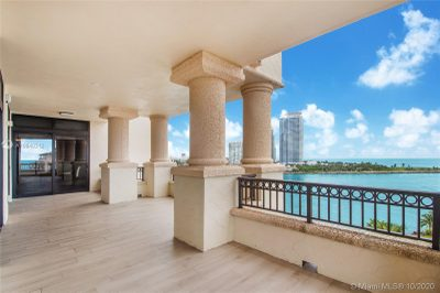 7085 Fisher Island Dr #7085 1