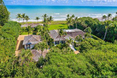 Main House, Guest House, Beach House and Garage