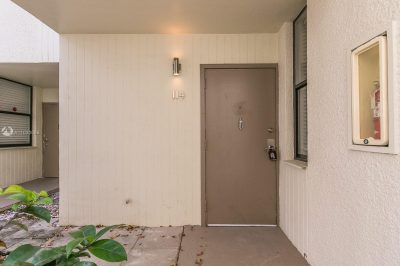 20300 W Country Club Dr #114-3 1