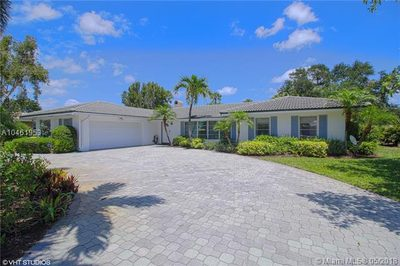 144 Country Club Dr 1