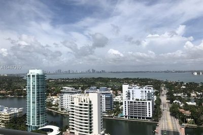6301 Collins Ave #2805 1