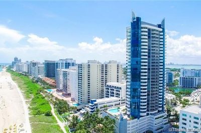 6301 Collins Ave #1002 1