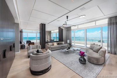 3315 Collins Ave #5A 1