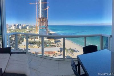 18201 Collins Ave #3304 1