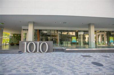 1010 Brickell Ave #3906 1