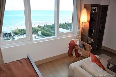 2301 Collins Ave #1242 1