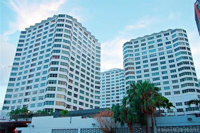 825 Brickell Bay Dr #845 1