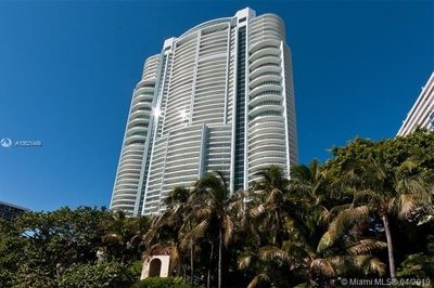 1643 Brickell Ave #3505 1