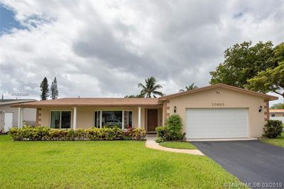 10950 NW 17th Ct 1