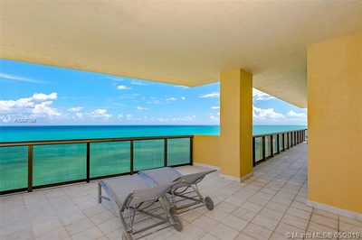 16275 Collins Ave #2601 1