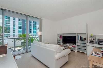 1050 Brickell Ave #1412 1