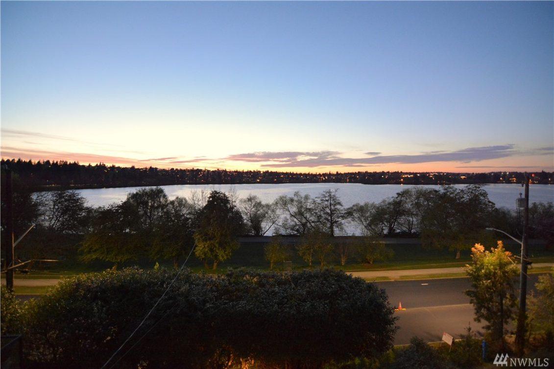 5822 E Green Lake Wy N Photo 15