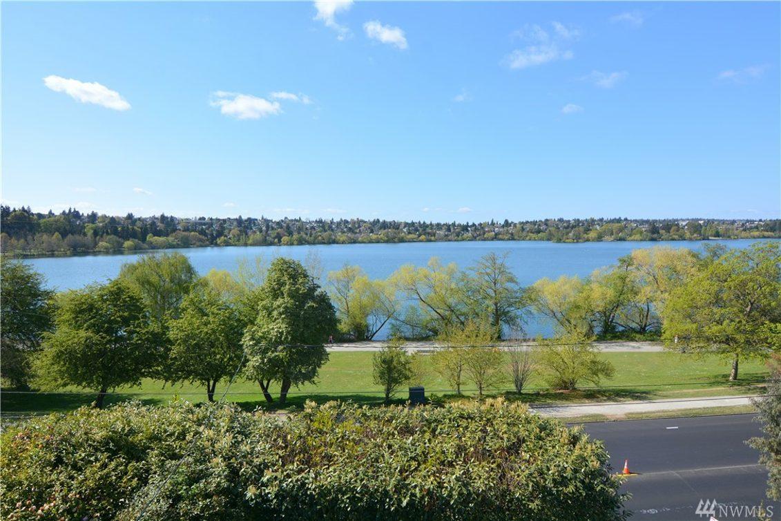 5822 E Green Lake Wy N Photo 4