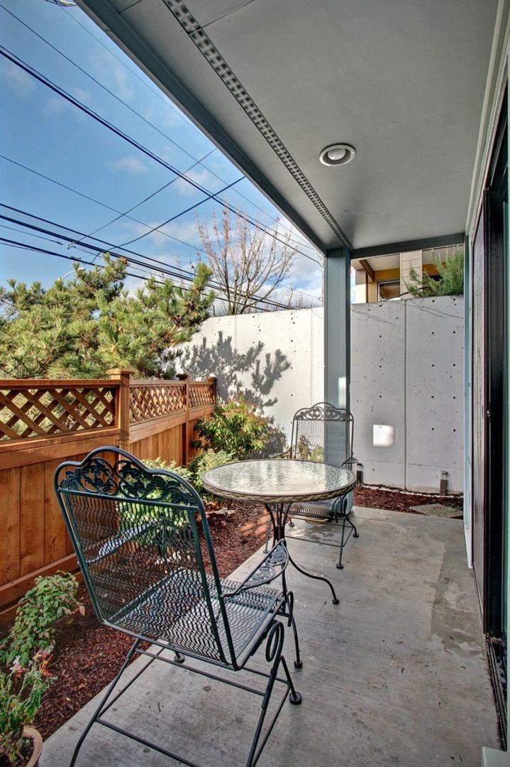 2042 Eastlake Ave E #C Photo 8