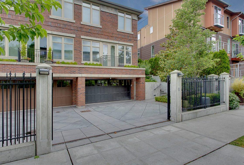 731 Harvard Ave E Photo 1