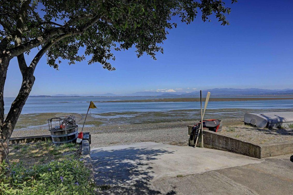 365 Arrowhead Beach Rd Photo 10