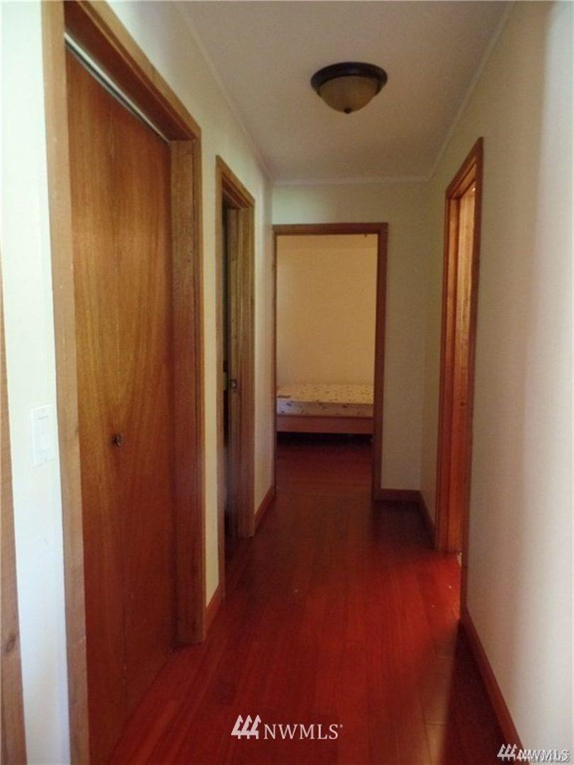 31978 36th Avenue SW Photo 14