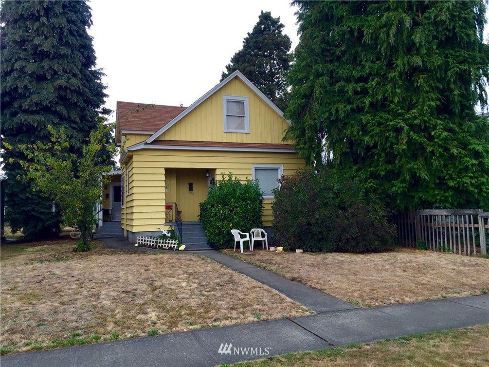 3584 Tacoma Avenue S Photo 1