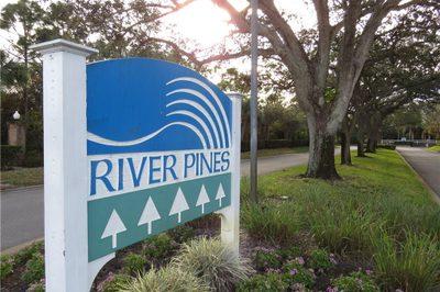 5646 SE Riverboat Drive 1