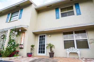 69 SW Blackburn Terrace #3 1