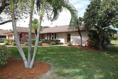 527 NE Silver Oak Terrace 1